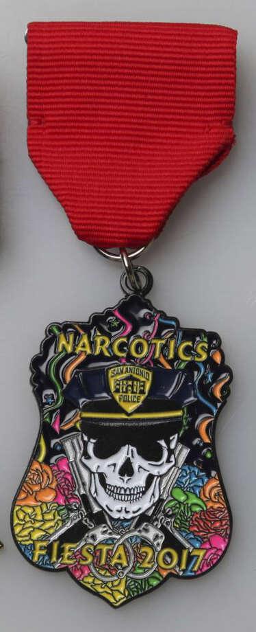 SAPD Narcotics. Photo: Juanito M Garza/San Antonio Express-News