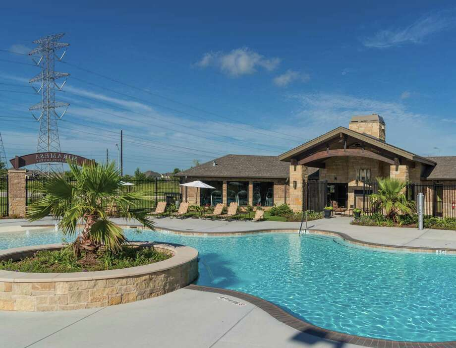 Lago Mar is a 2,033-acre, master-planned community located off I-45 south in the Clear Lake-Galveston area. / Ted Washington