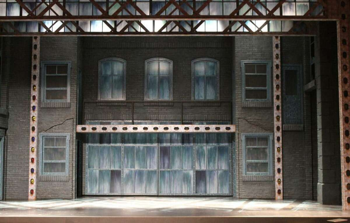 In addition to his work as associate artistic director and set designer at Curtain Call in Stamford, Peter Barbieri Jr. has worked with the Riverside Theatre in Vero Beach, Fla. He designed the look for its 2015 production of the musical