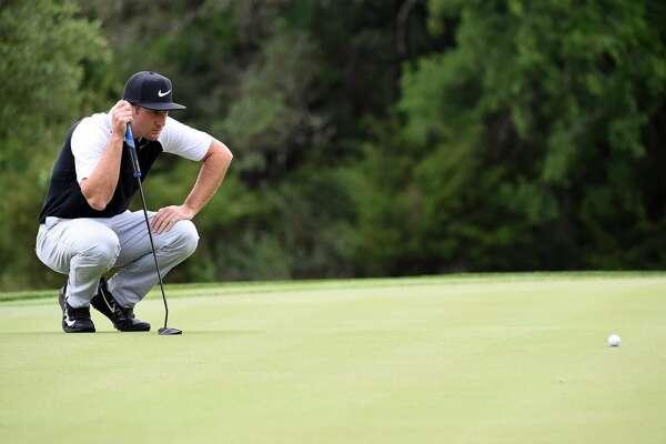 SAN ANTONIO, TX - APRIL 20: Kevin Chappell lines up a putt on the fifth green during the first round of the Valero Texas Open at TPC San Antonio AT&T Oaks Course on April 20, 2017 in San Antonio, Texas.  (Photo by Steve Dykes/Getty Images)