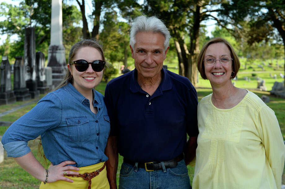 Rebekah Maxwell, Antoine LeBlanc and Linda LeBlanc during Heritage Happy Hour at Magnolia Cemetery on Thursday night.  Photo taken Thursday 4/20/17 Ryan Pelham/The Enterprise Photo: Ryan Pelham / ©2017 The Beaumont Enterprise/Ryan Pelham