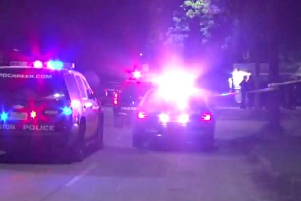 Police are investigating a shooting at a Near Northside bar that left one man with multiple gunshot wounds. (Metro Video)