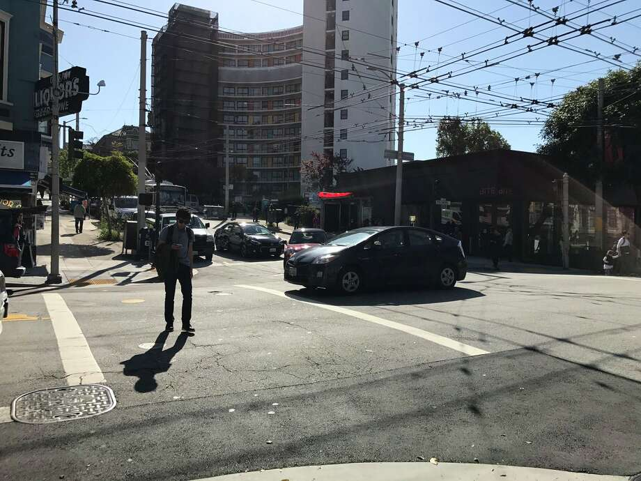 Wide area of San Francisco hit by power outage