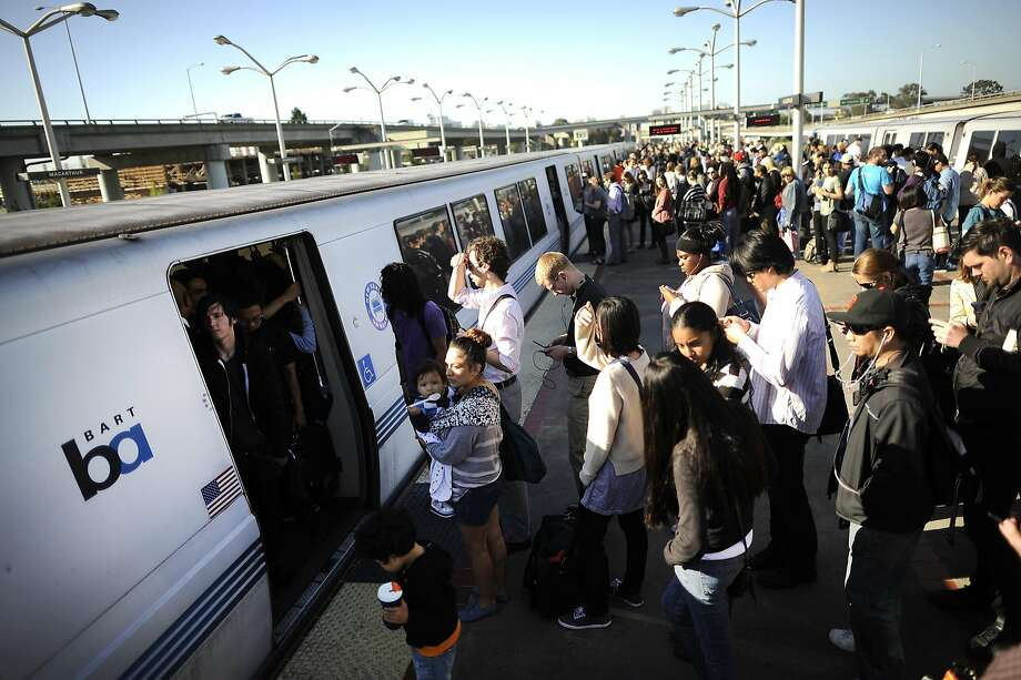 After crowds of passengers board BART, their commutes can be stressful from fellow passengers' lack of courtesy. Photo: Michael Short, Special To The Chronicle