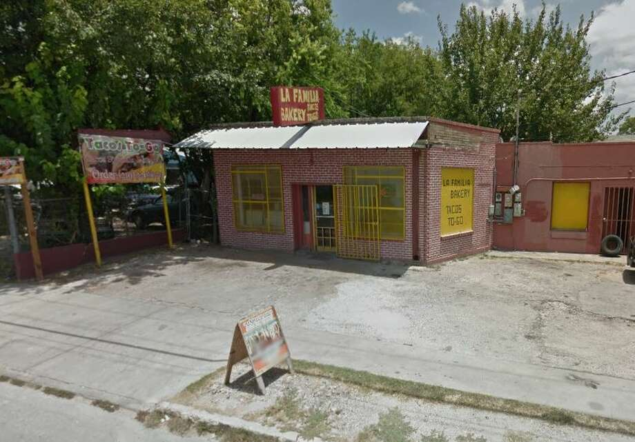 Free bags of pan dulce are up for grabs at a struggling South Side bakery after the community stepped up to help keep the business afloat. Photo: Google Maps