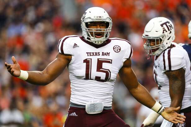 AUBURN, AL - SEPTEMBER 17:  Defensive lineman Myles Garrett #15 of the Texas A&M Aggies celebrates after sacking quarterback Sean White of the Auburn Tigers during an NCAA college football game on September 17, 2016 in Auburn, Alabama. (Photo by Butch Dill/Getty Images)
