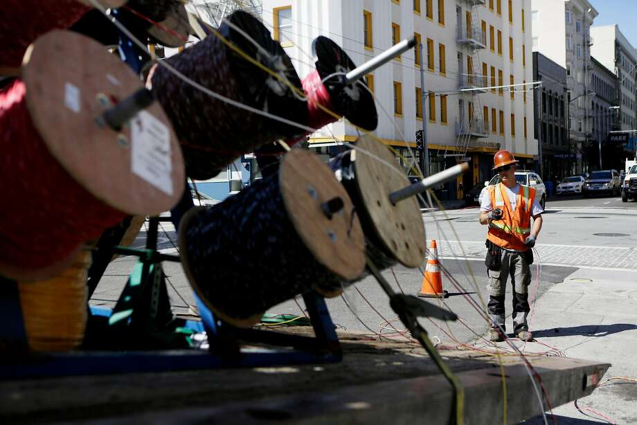 Pacific Gas and Electric Co. had a good quarter. Photo: Natasha Dangond, The Chronicle