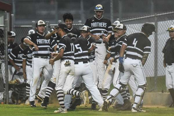 United South held on late Friday at the SAC beating Alexander 9-8 to clinch a playoff spot.
