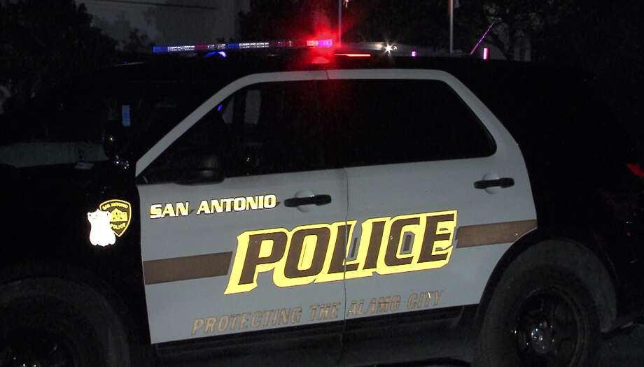 A San Antonio police officer was injured Sunday morning, May 21, 2017, after waking a driver who had fallen asleep at the drive-thru of a North Side Whataburger.  Photo: Pro 21 Video