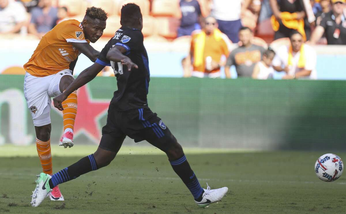 Houston Dynamo forward Romell Quioto (12) shoots during the second half of the game at BBVA Compass Stadium Saturday, April 22, 2017, in Houston. The Dynamo defeated the Earthquake 2-0. ( Yi-Chin Lee / Houston Chronicle )