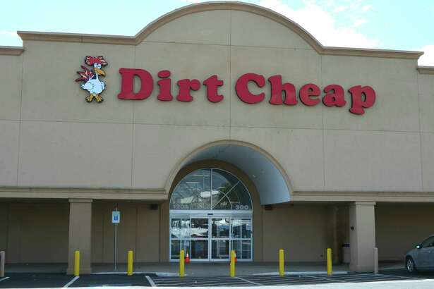 Dirt Cheap, a deep discount chain based in Hattiesburg, Miss., will open stores in the Houston market in 2017. JLL is assisting the company with its expansion here. Initial stores are planned in Alvin, Spring and Pasadena.