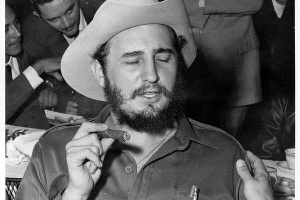 1959 FIDEL CASTRO IN COWBOY HAT.