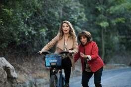 "GREAT NEWS -- ""Bear Attack"" Episode 102 -- Pictured: (l-r) Briga Heelan as Katie, Andrea Martin as Carol -- (Photo by: Eddy Chen/NBC)"