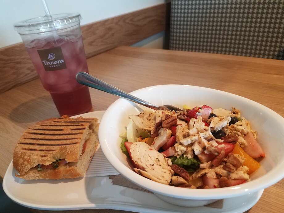Panera Bread opened its first location in Midland on April 24. The restaurant features an all-fresh menu of salads, soups, sandwiches and baked items as well as coffee and breakfast. Panera Bread is located in The Commons shopping center. Photo: Mercedes Cordero