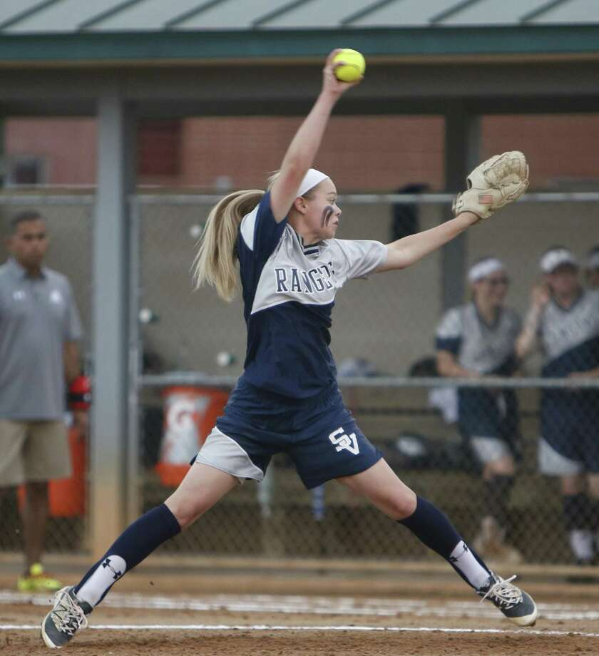 Smithson Valley starting pitcher Presley Smith delivers during the Class 6A bidistrict softball game against Reagan at NEISD Complex on April 29, 2016 Photo: Ronald Cortes /For The Express-News
