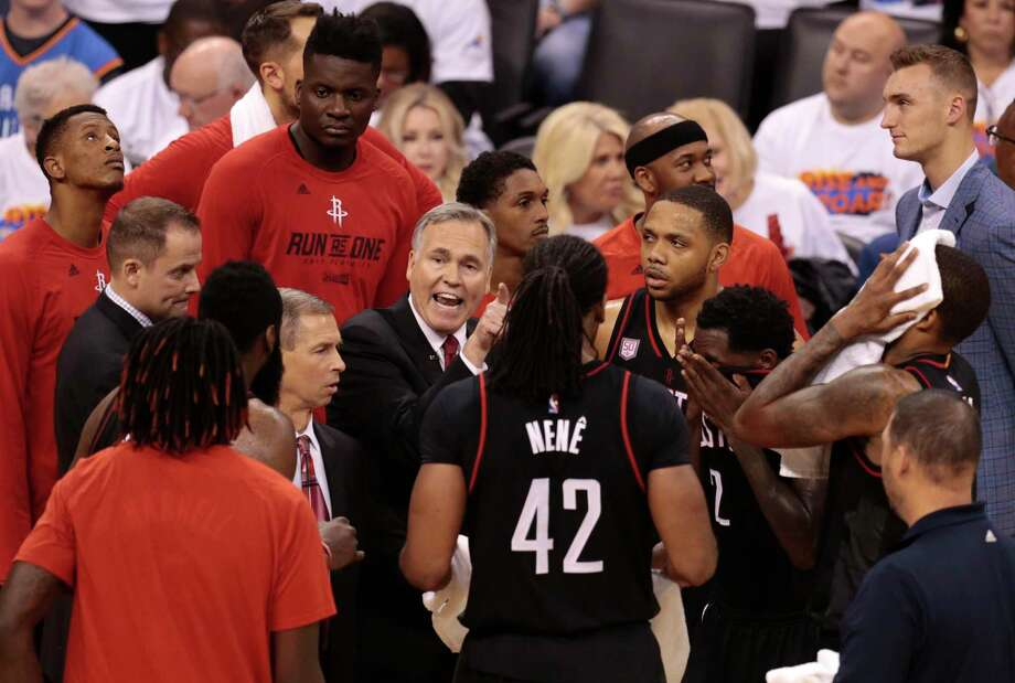 Houston Rockets head coach Mike D'Antoni huddles his team during a time out in the fourth quarter of Game 4 of the NBA Western Conference first-round playoff series against the Oklahoma City Thunder at Chesapeake Energy Arena on Sunday, April 23, 2017, in Oklahoma City. The Rockets beat the Thunder 113-109, to take a 3-1 lead in the best-of-seven series. ( Brett Coomer / Houston Chronicle ) Photo: Brett Coomer, Staff / © 2017 Houston Chronicle