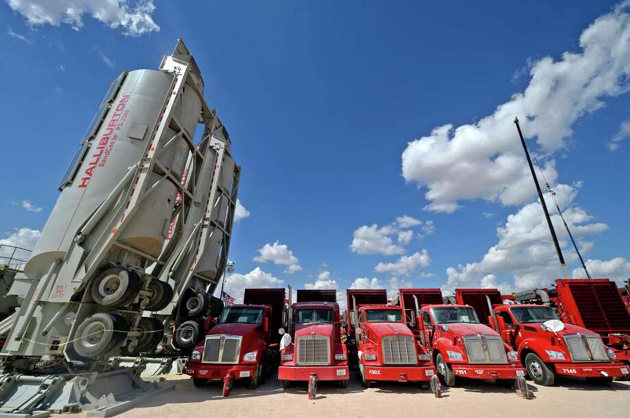 Halliburton equipment at a fracking site managed by Octane Energy on Friday, Sept. 23, 2016 near Stanton. James Durbin/Reporter-Telegram Photo: James Durbin / © 2016 Midland Reporter Telegram. All Rights Reserved.
