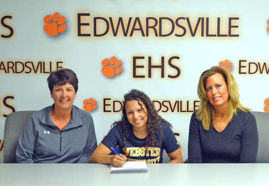 Edwardsville senior Jasmine Bishop will play basketball at Webster University in St. Louis. From left to right are EHS coach Lori Blade, Jasmine Bishop and guardian Jennifer Jones.