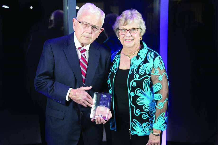 Bob and Sandi Schwartz were honored with the Philanthropist of the Year Legacy Award.
