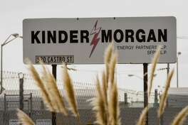Kinder Morgan posted first quarter profits of $401 million, up $125 million or 45 percent over the first quarter of 2016. Revenue rose $229 million or 7 percent to $3.4 billion. Costs rose just $65 million or 3 percent to $2.4 billion.