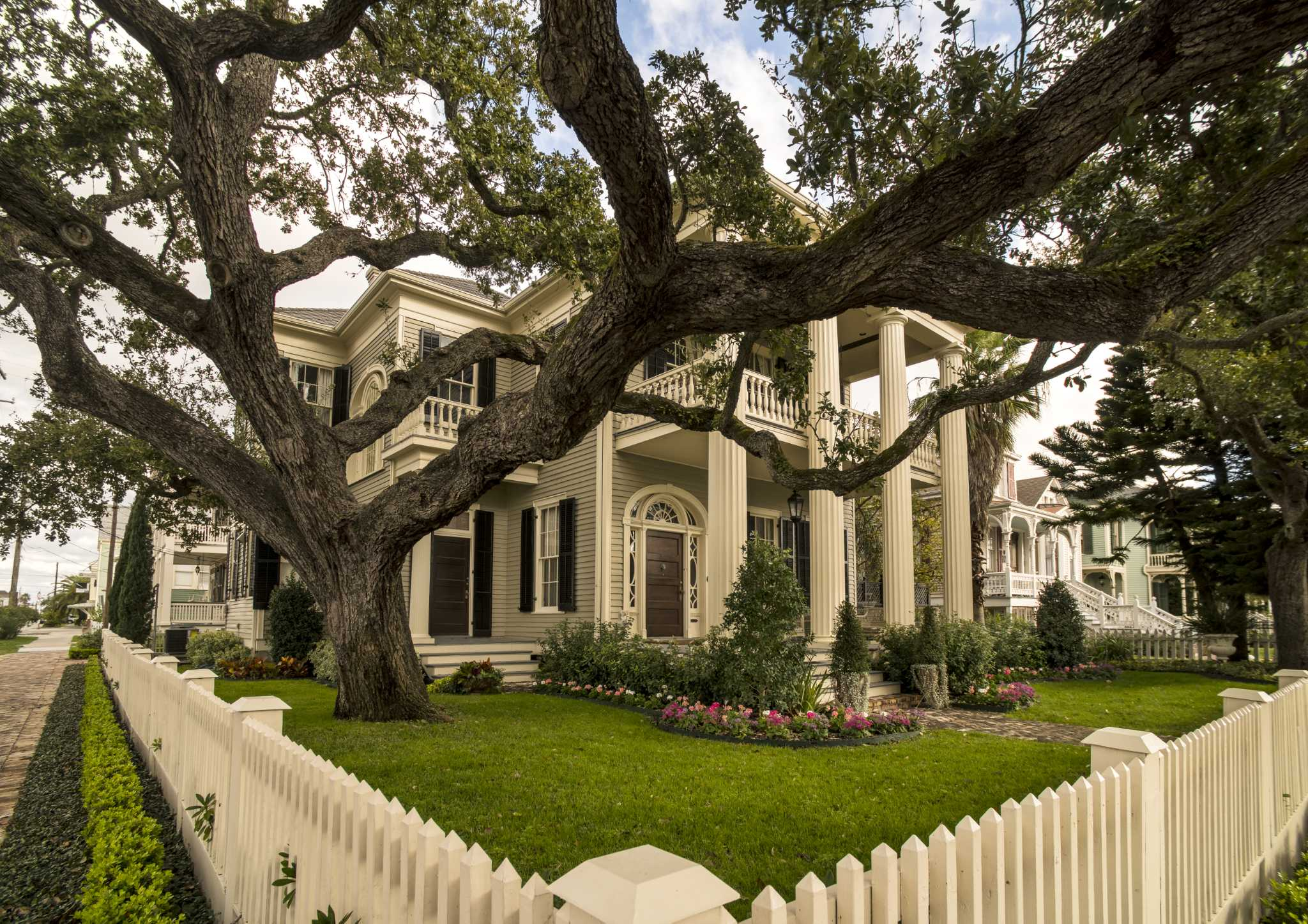 Galveston Historic Home Tour Is A View Of Early Island