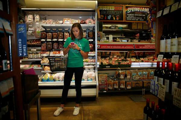 Instacart everywhere: Grocery-delivery service plans big