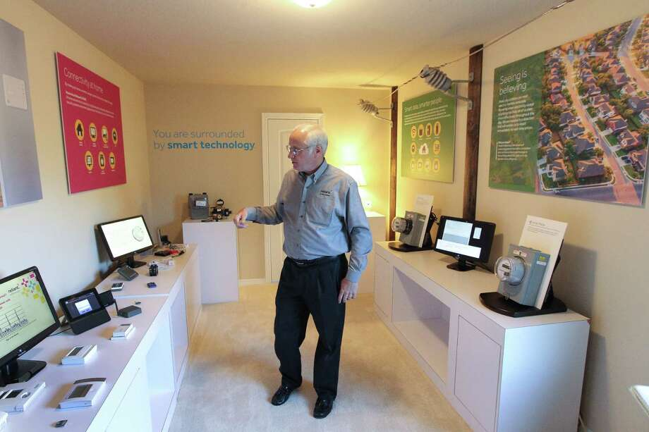 Wayne Morrison talks about Reliant's new house in the Heights decked out with all sorts of cool consumer gadgets Tuesday, April 25, 2017, in Houston.  ( Steve Gonzales  / Houston Chronicle ) Photo: Steve Gonzales, Staff / © 2017 Houston Chronicle