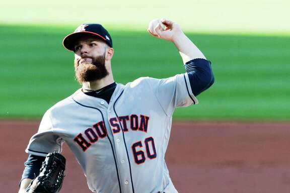 CLEVELAND, OH - APRIL 25: Starting pitcher Dallas Keuchel #60 of the Houston Astros pitches during the first inning against the Cleveland Indians at Progressive Field on April 25, 2017 in Cleveland, Ohio.
