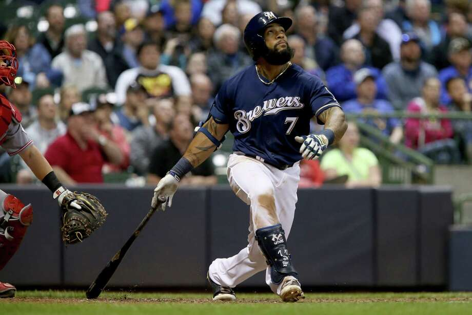 MILWAUKEE, WI - APRIL 25:  Eric Thames #7 of the Milwaukee Brewers hits a home run in the sixth inning against the Cincinnati Reds at Miller Park on April 25, 2017 in Milwaukee, Wisconsin. (Photo by Dylan Buell/Getty Images) ORG XMIT: 700010522 Photo: Dylan Buell / 2017 Getty Images