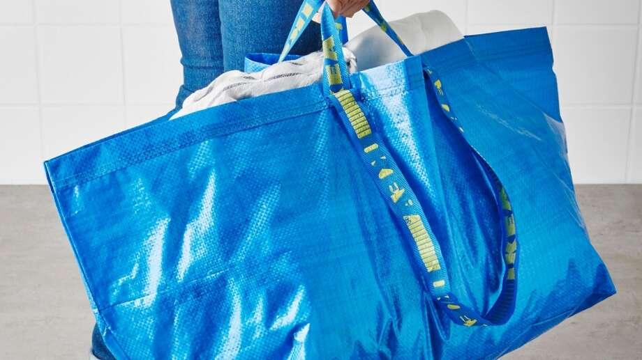 This New 2 145 Handbag Looks Oddly Similar To Ikea 39 S 99