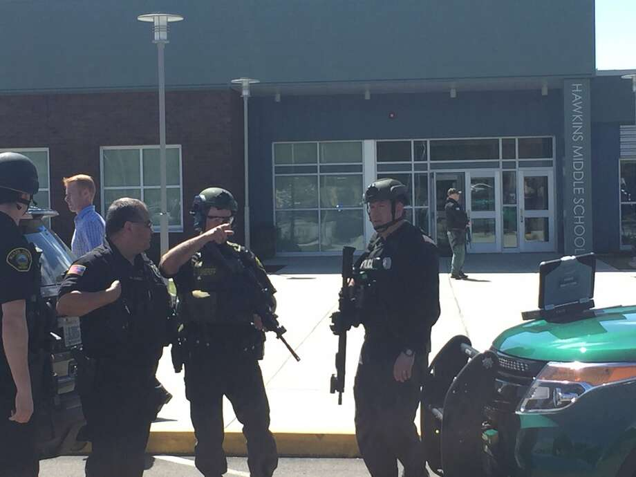 Multiple agencies respond to Mason County school after report of active shooter
