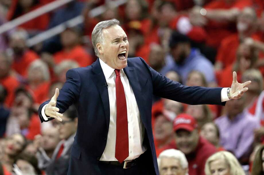 Houston Rockets coach Mike D'Antoni yells at the officials during the first half against the Oklahoma City Thunder in Game 5 of an NBA basketball first-round playoff series, Tuesday, April 25, 2017, in Houston. (AP Photo/David J. Phillip) Photo: David J. Phillip, STF / Copyright 2017 The Associated Press. All rights reserved.