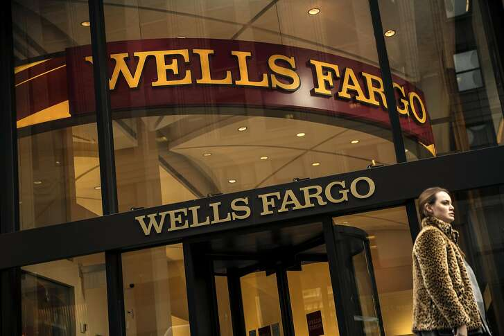 Senior Wells Fargo executives knew as far back as 2002 - nearly a decade earlier than initially disclosed - that bank employees were setting up fake accounts that customers didn't want in order to meet aggressive sales goals, according to the 113-page report by the bank's independent directors. MUST CREDIT: Bloomberg photo by Victor J. Blue