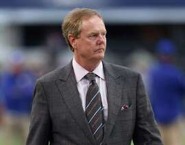 ARLINGTON, TX - OCTOBER 19:  Television reporter Ed Werder at AT&T Stadium on October 19, 2014 in Arlington, Texas.  (Photo by Ronald Martinez/Getty Images)
