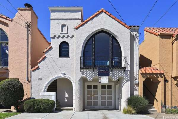 A two-bedroom, two-bathroom charmer at 1531 25th Ave. in San Francisco's Outer Sunset went for a half-million over asking after receiving 18 offers in April, 2017.