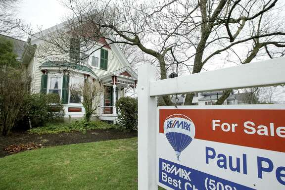 Freddie Mac said Thursday the average rate on 30-year fixed-rate home loans increased to 4.03 percent from 3.97 percent last week.