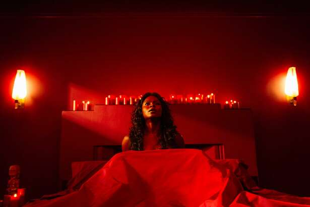 One of the most shocking sequences of 'American Gods' features the succubus-like Bilquis (Yetide Badaki) in her red-hot passion lair.