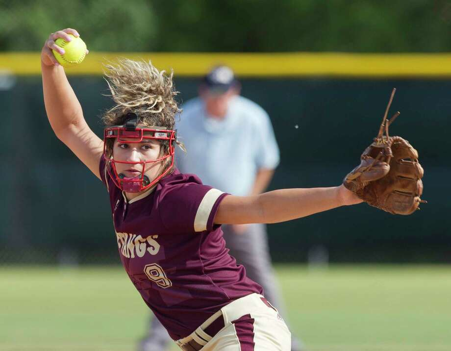 Magnolia West pitcher Ariana Adams (9) throws during the first inning of a Region III-5A  bi-district playoff softball game, Thursday, April 27, 2017, in Bryan. Photo: Jason Fochtman, Staff Photographer / © 2017 Houston Chronicle