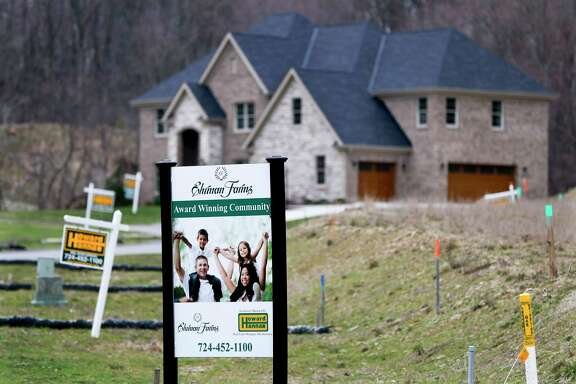 Sales of new homes shot up in March to the fastest pace in eight months in a positive sign for the broader economy.