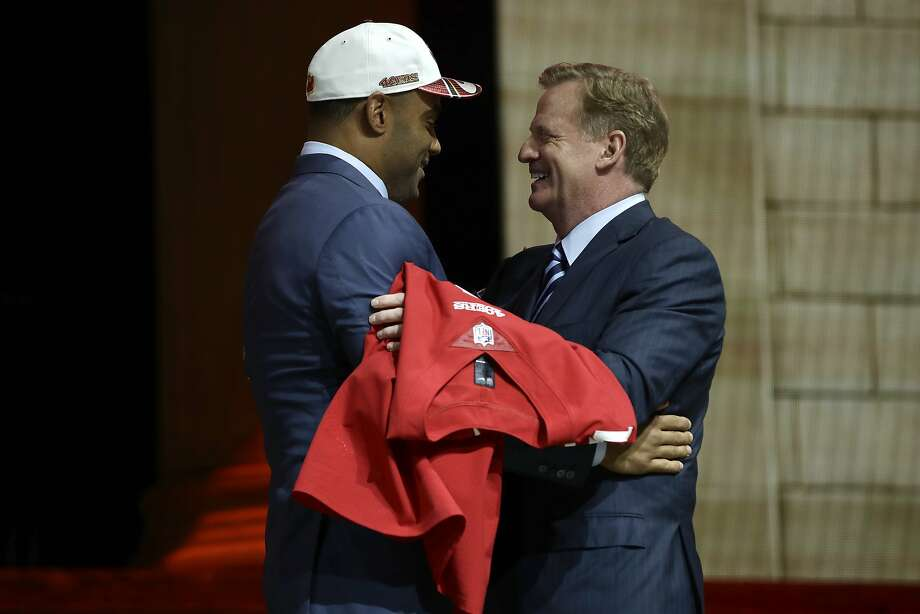 Stanford's Solomon Thomas, left, greets NFL commissioner Roger Goodell after being selected by the San Francisco 49ers during the first round of the 2017 NFL football draft, Thursday, April 27, 2017, in Philadelphia.(AP Photo/Matt Rourke) Photo: Matt Rourke, Associated Press