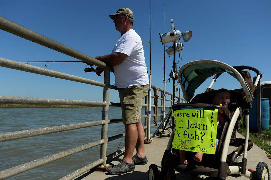 Galveston county approves 1 7m deal to acquire rollover for Corpus fishing forum