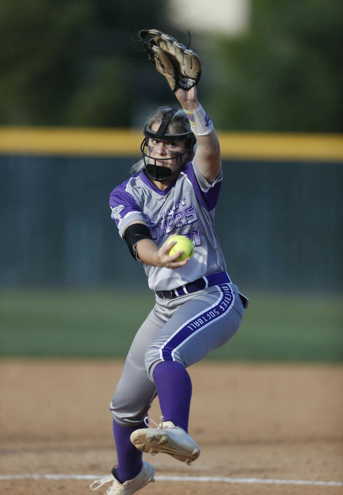 Ridge Point's starting pitcher Makinzy Herzog pitches in the first inning during the Class 6A bi-district softball playoffs between Ridge Point and Cinco Ranch High Schools at Stratford High School, Thursday, April 27, 2017, in Houston. ( Karen Warren / Houston Chronicle )