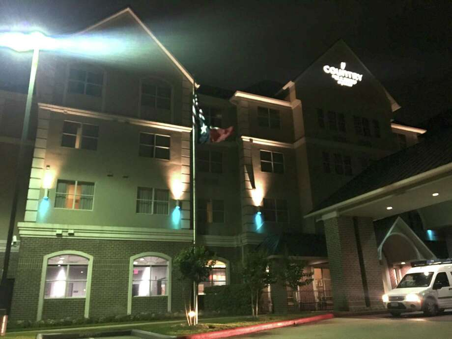 Country Inn and Suites hosted fundraiser for Autism Speaks. Photo: Courtesy Photo