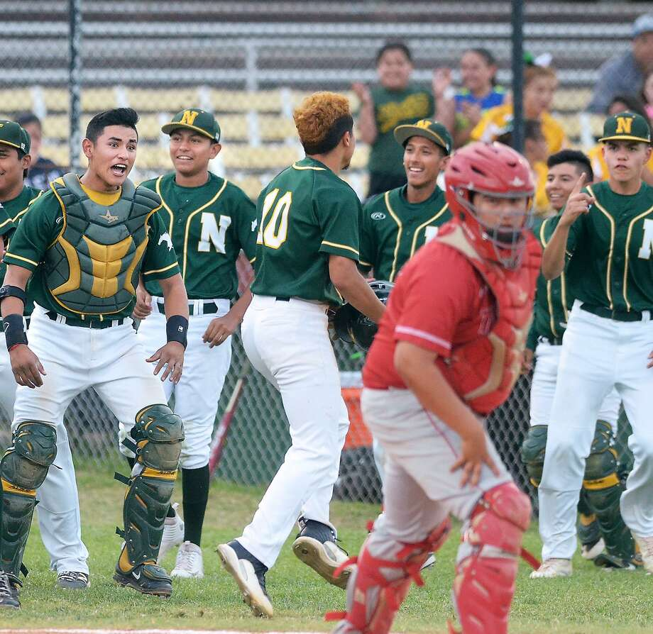 Nixon won the first meeting with Martin on March 31, 14-3. The second matchup is on Friday at 7 p.m. at Veterans Field. Photo: Cuate Santos /Laredo Morning Times File / Laredo Morning Times