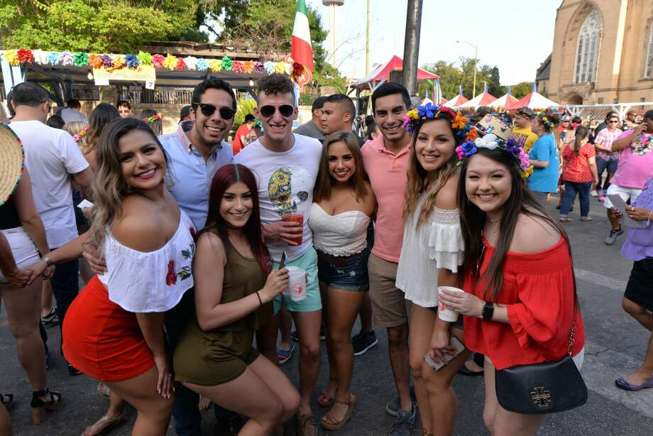 San Antonio's college crowd flocked to La Villita on Thursday, April 27, 2017 to celebrate the highly anticipated college night at NIOSA during Fiesta 2017. Photo: Kody Melton, For MySA.com