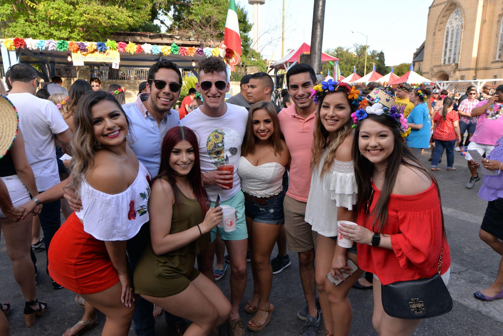 Photos College Night Riles Up Niosa 2017 San Antonio