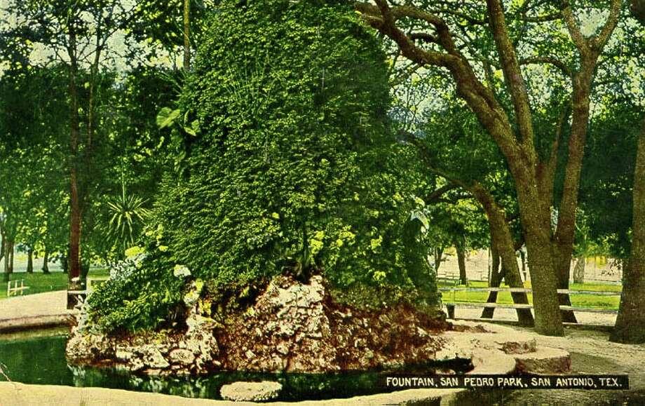 Fountain, San Pedro Park, San Antonio, Tex. (1921)Source:edwardsaquifer.net Photo: Edwardsaquifer.net