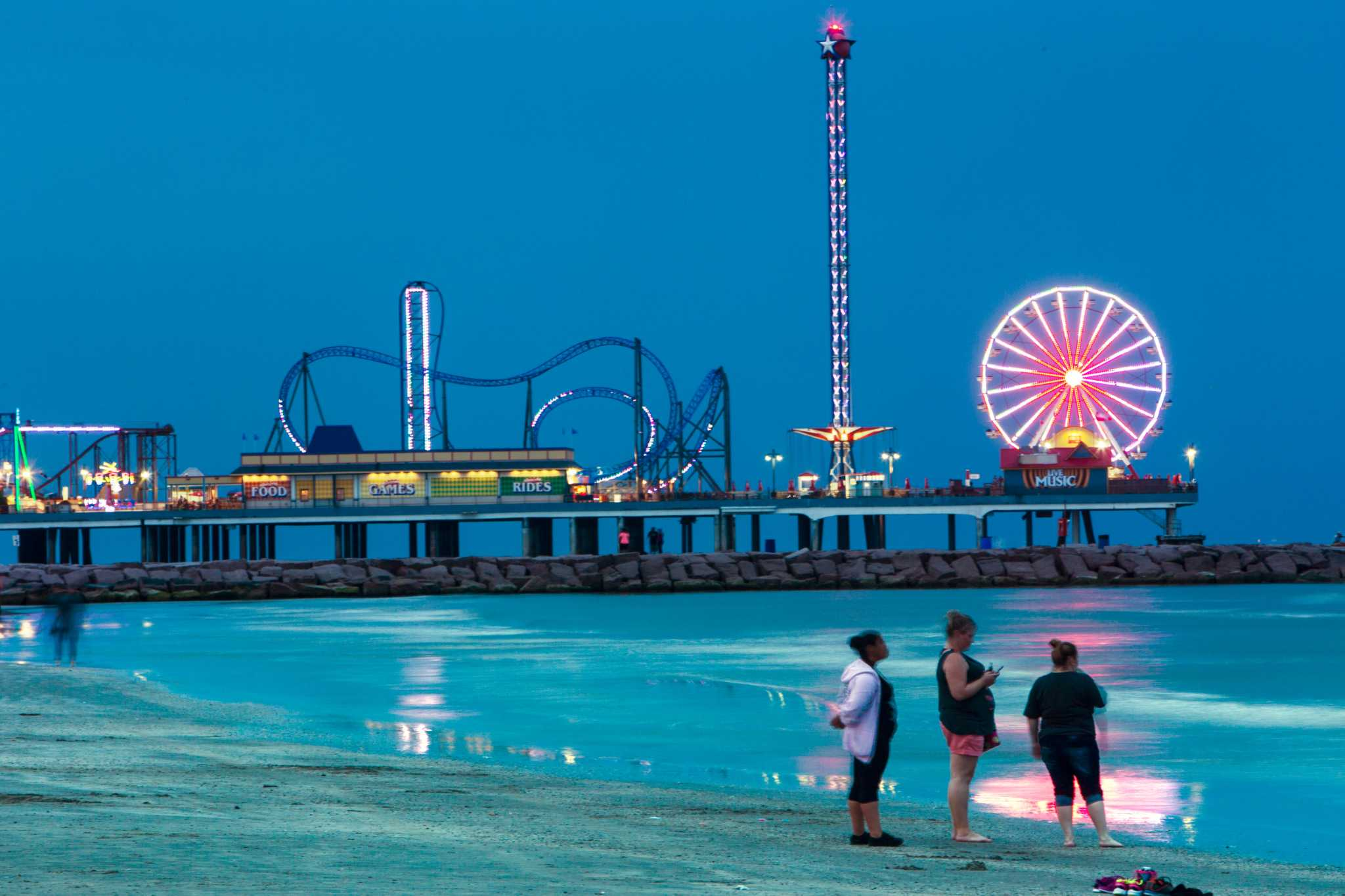 City Of Galveston Tourist Attractions Back Open For Labor