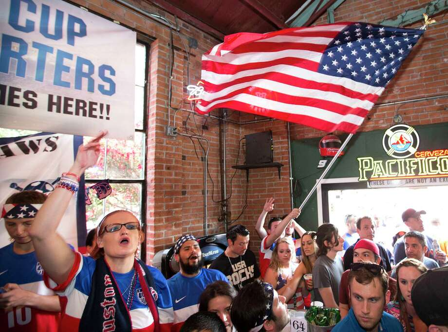 >>>Click through to seethe best bars in Houston to watch Megan Rapinoe, Alex Morgan and the U.S. women's national soccer team face the Netherlands in the World Cup Final at 10 a.m. on Sunday morning. Photo: Brett Coomer, Staff / © 2014 Houston Chronicle