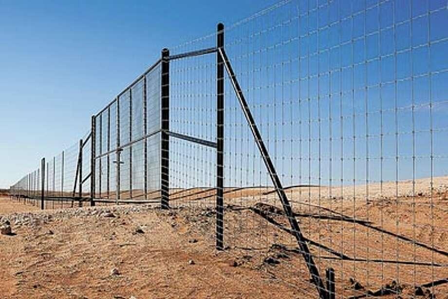 Big d installs all types of oilfield fencing midland